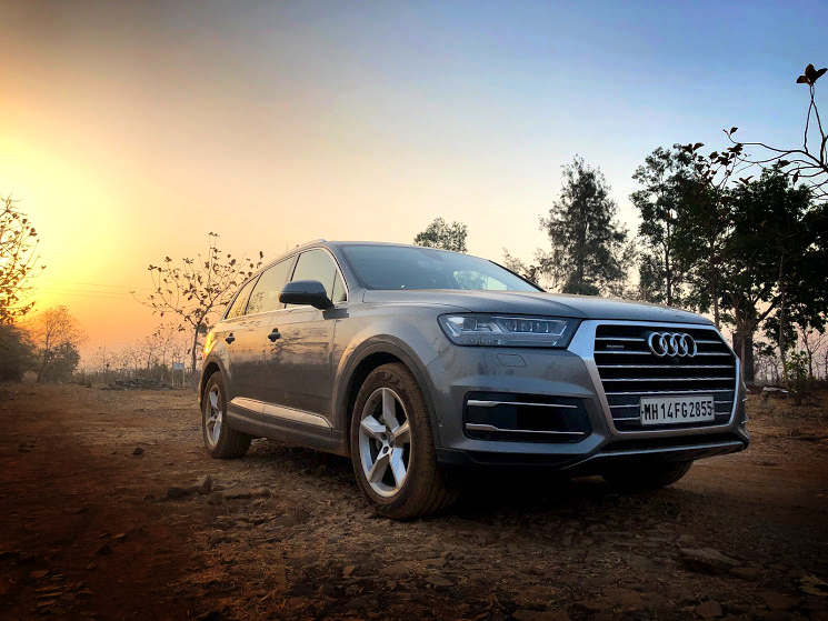 AUDI Q7 – 5 STAR LUXURY!