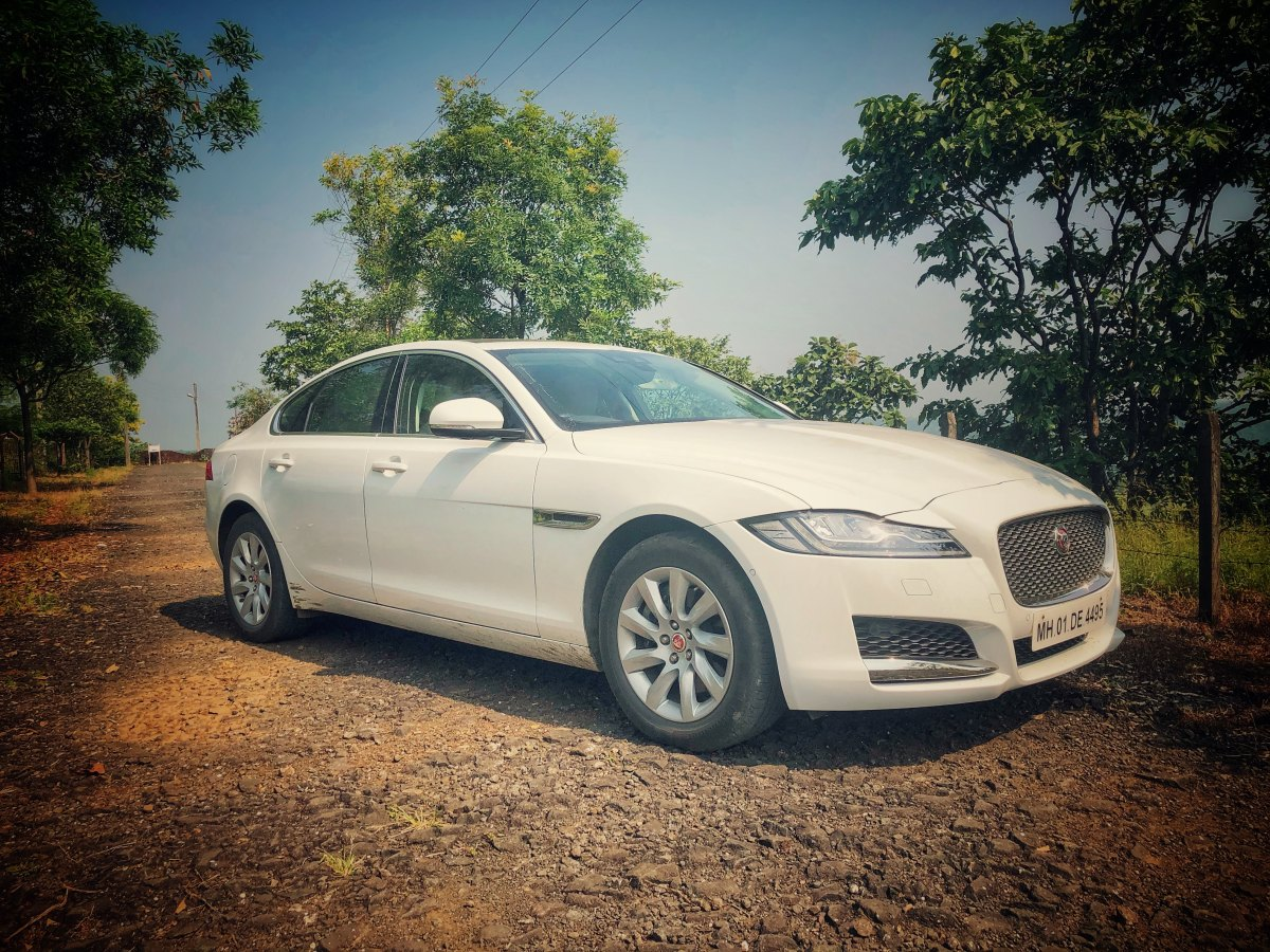 Review : Jaguar XF Petrol